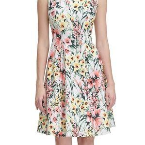 🌼 Tommy Hilfiger floral dress